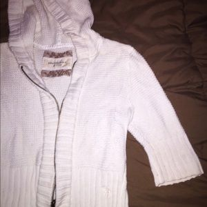 ABERCROMBIE & FITCH Crop Sweater